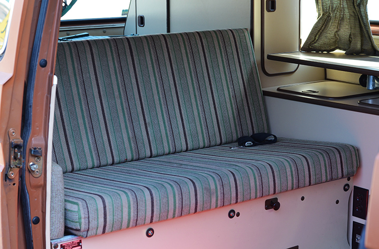 westfalia-bench-cover-diy-before copy