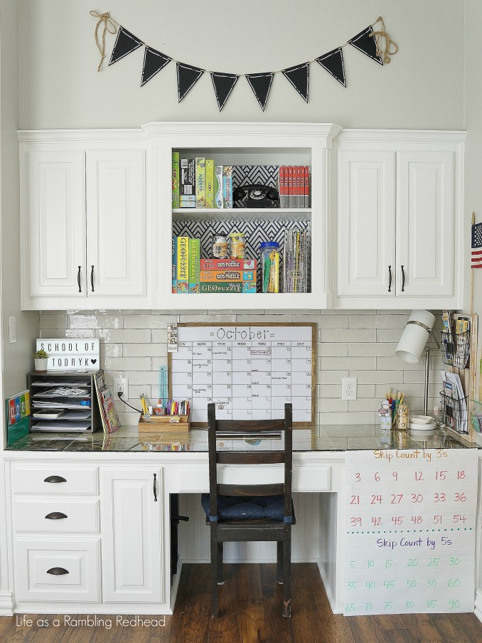 GORGEOUS Kid's school room tour! So simple and organized! (Life as a Rambling Redhead)