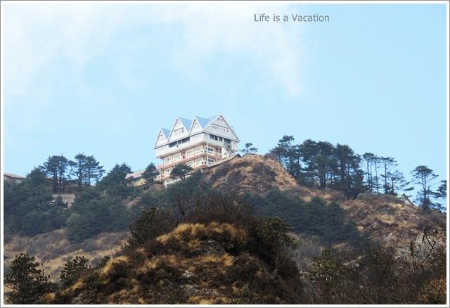 Sandakphu_Trek_House_Hills