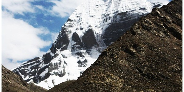 At the feet of the Mystic Mountain – Mount Kailash (Part 1)