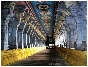 Rameshwaram Sightseeing One Day - Temple Corridor