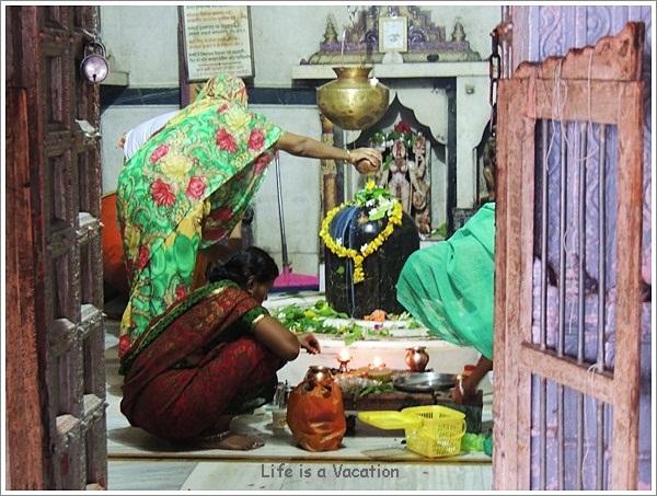 "Celebrating ""Shiva and Parvati"" marriage on Shivaratri"