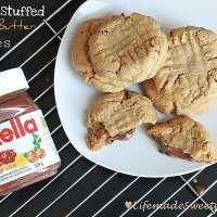 Finger food Friday - Nutella Stuffed Peanut Butter Cookies