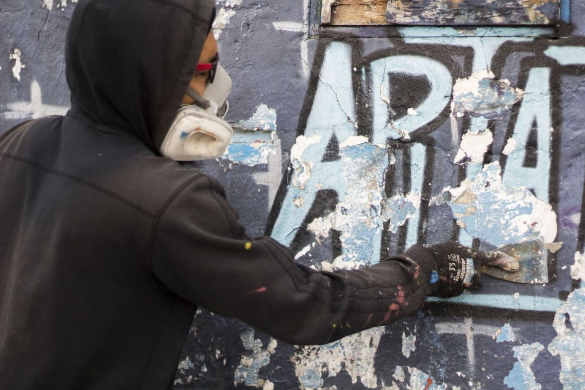 apitatan kiki air max people arte ecuador 15