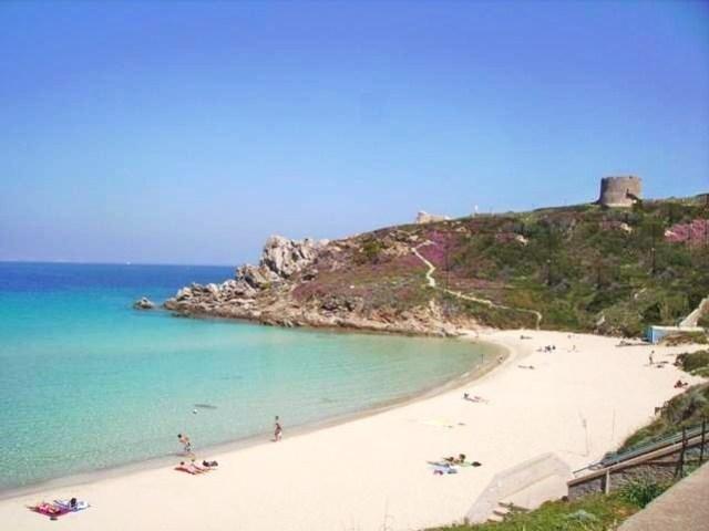 Spiaggia Rena Bianca (località Santa Teresa di Gallura)