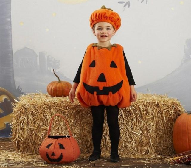 costume-halloween-da-zucca-fai-da-te-per-bambini