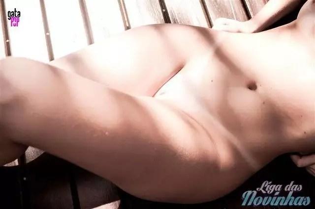 mily-cunha-nua-pelada-42