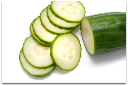 sliced_whole_cucumber