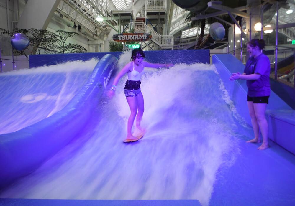 West Edmonton Mall - World Water Park - Edmonton - Tsunami Simulated Surf