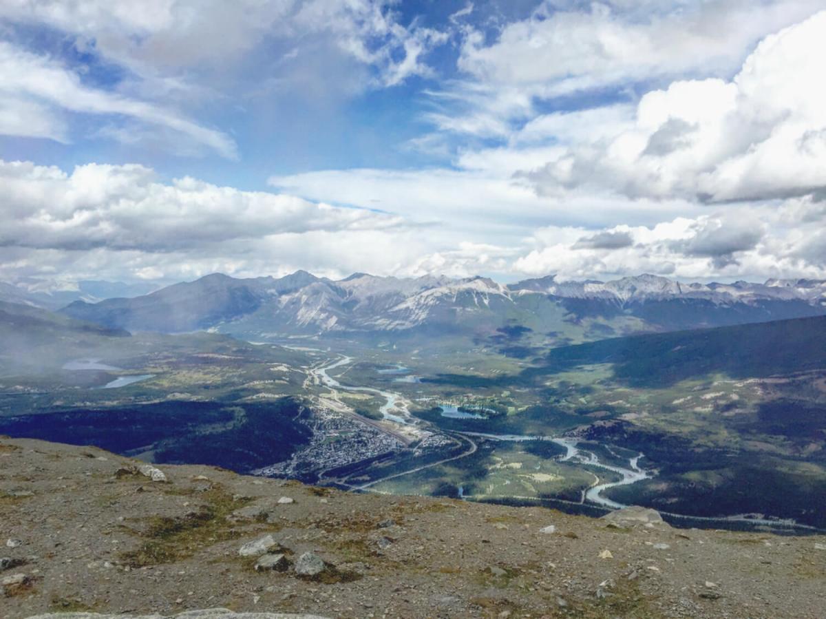 Explore Alberta: Columbia Icefield, Glacier Skywalk, Jasper SkyTram, Maligne Lake