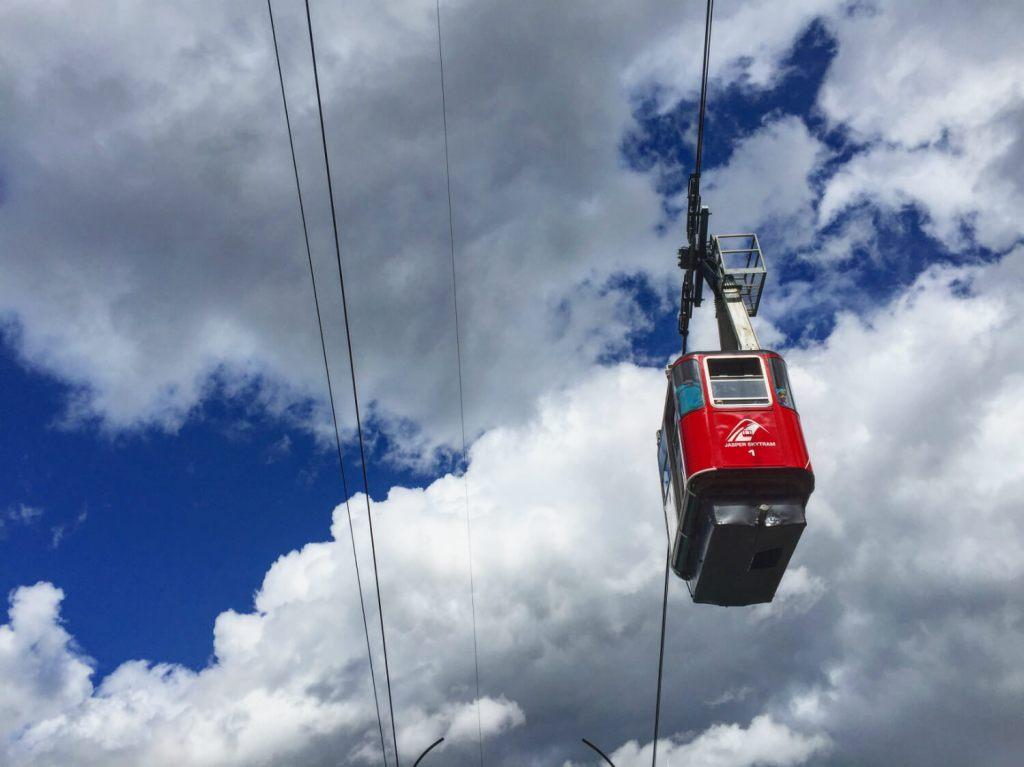 Travel Jasper - Explore Alberta - Canadian Rockies - Jasper SkyTram Mount Whistler's