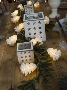 lyslenke papir juletre miljøbilde konstsmide