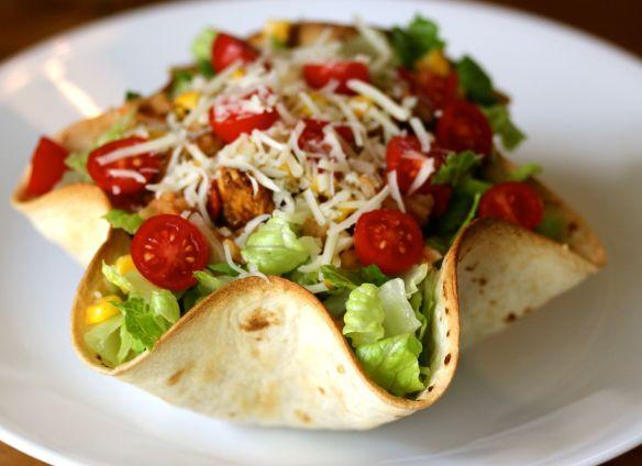 Tortilla tacoform ferdig rett fredagstaco