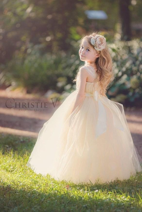 brudepike hvit kjole 1