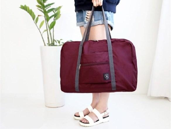 reisebag til koffert vinrød
