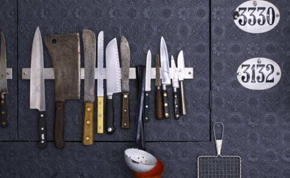 organization-hacks-knives
