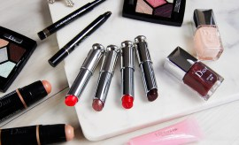 dior fall 2016, dior fall 2016 review, dior fall 2016 swatches, dior skyline collection, dior skyline swatches, skyline photos, skyline swatches, luxury beauty 2016, fall 2016 beauty trends, fall 2016 beauty collection, what makeup to wear for fall, dior 5 couleurs skyline, dior capital of light, capital of light swatches, dior parisian sky, dior parisian sky swatches, dior lip pomade, diorblush light & contour, sculpting stick, contour stick, dior contour stick, dior color correction, colour correcting stick, face color correction