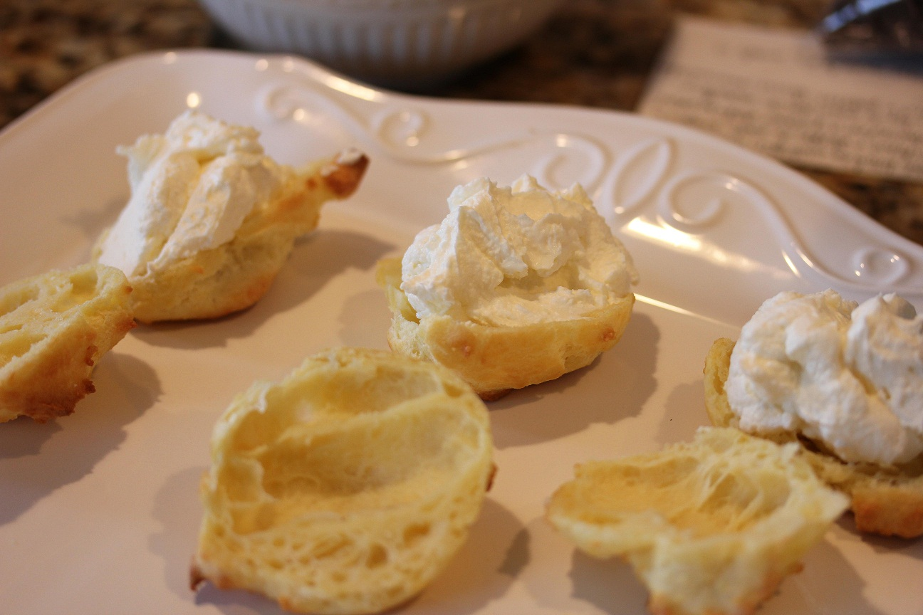 Cream Puffs with Mascarpone Cream Filling - Lisa's Dinnertime Dish for ...
