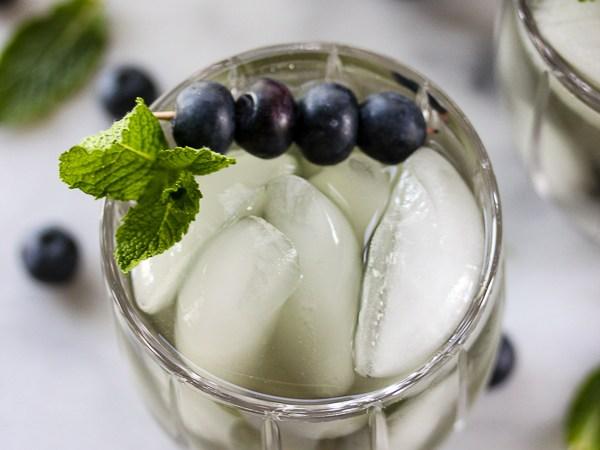 Blueberry-Mint-Ice-Tea-5220-2