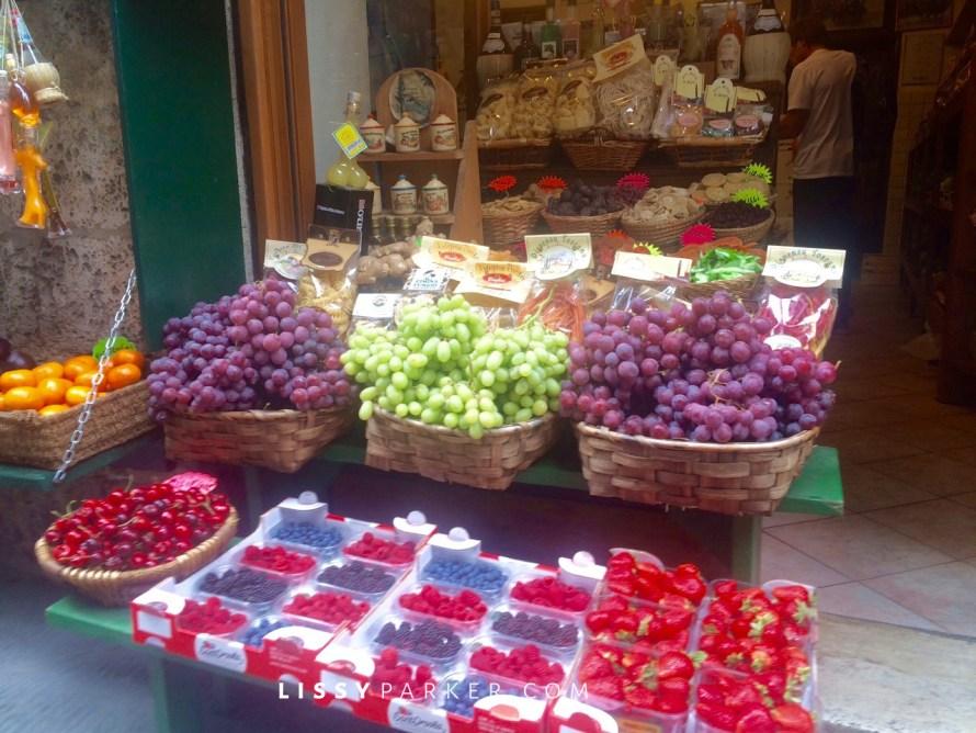 Tuscan market scene