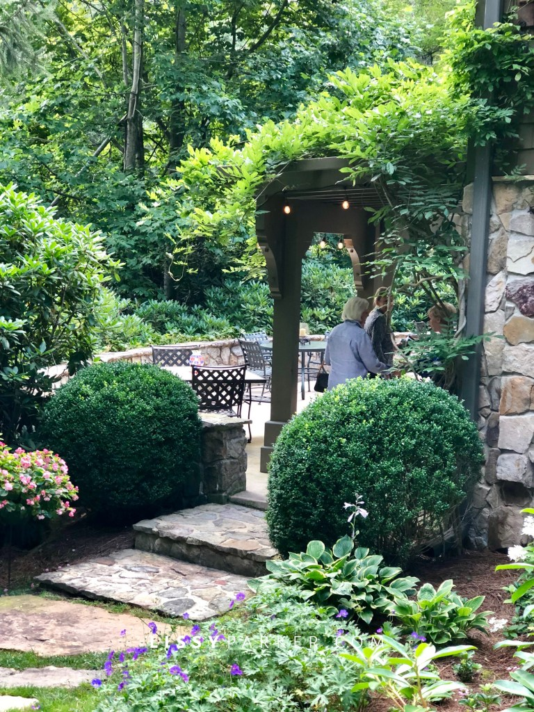 Boxwood entry garden