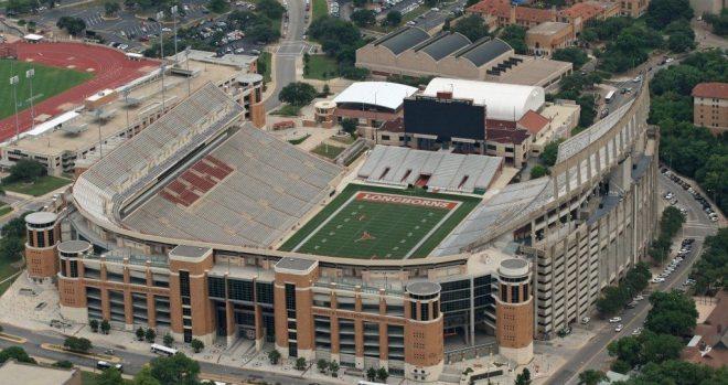 Texas-Memorial-Stadium-1024x682