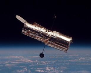 740Px-Hubble 01