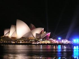 Sydney-Opera-House-261106-2.Jpg