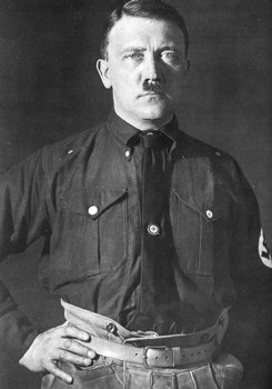 Hitler-480