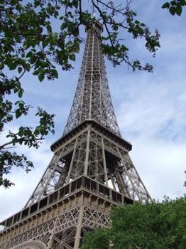 Eiffel Tower Paris003