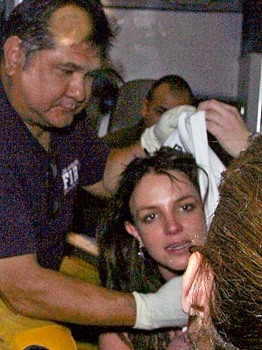 Britney-In-Ambulance-Britney-Starts-New-Year-With-Drama-January-4-2008.Jpg