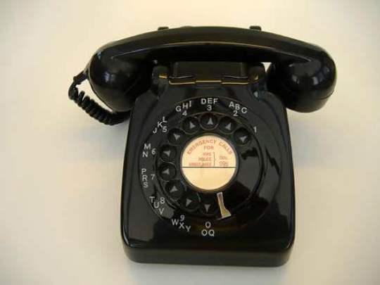 Classic-706-1960-Telephone
