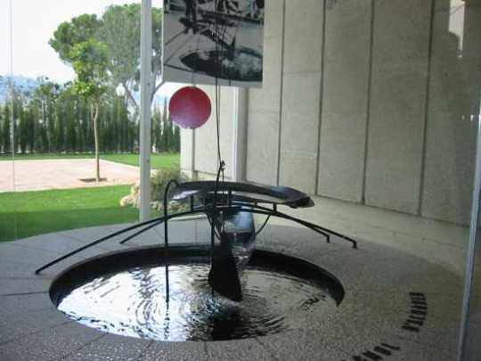 Miro-Calder-Mercury-Fountain