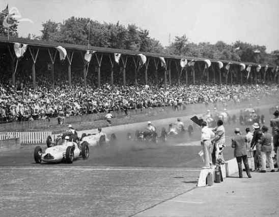 Start Indy 500 1949 3