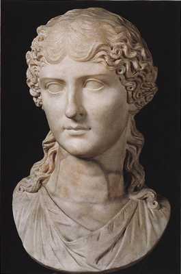 4 Agrippina Elder