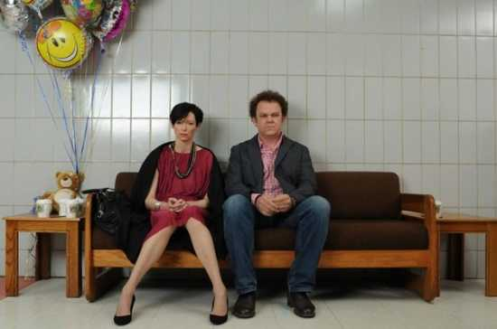 We-Need-To-Talk-About-Kevin-Movie-Image-Tilda-Swinton-John-C-Reilly-01-640X424