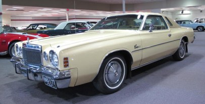 Yellow-Chrysler--17946_1