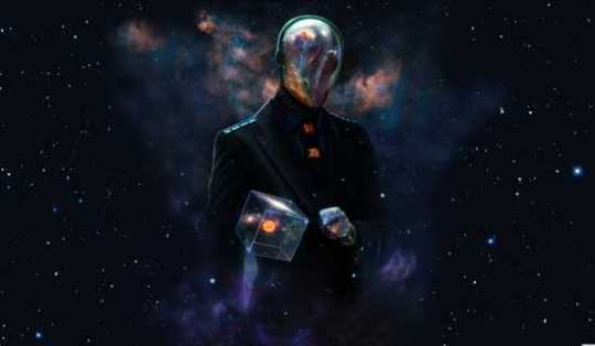 7092-Spaceman-Alien-Universe-Galaxy