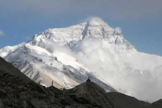 Mount-Everest-North-Face09