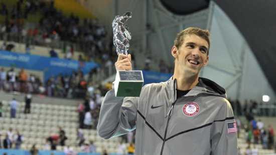 Phelps-Fina-Statue