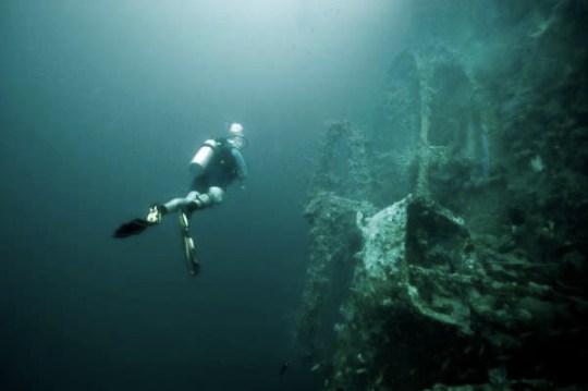 Stiri-Shipwreck