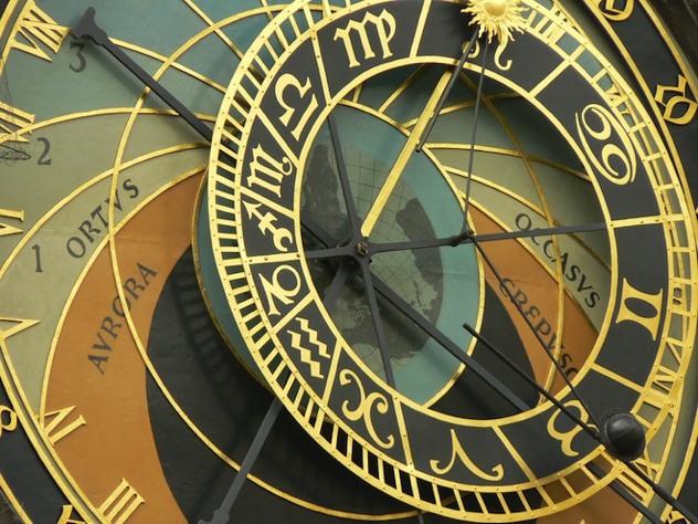 Atomic-Clock