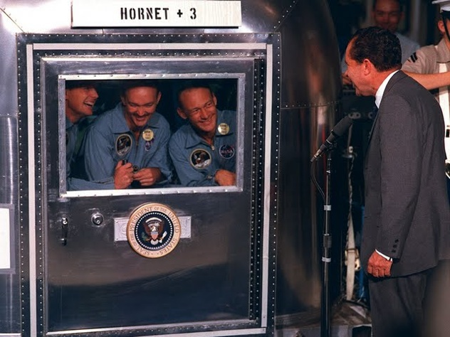 40Th-Anniversary-Of-Apollo-11-Moon-Landing-Hd-Wallpapers-President-Nixon-Visits-Apollo-11-Crew-In-Quarantine-108340