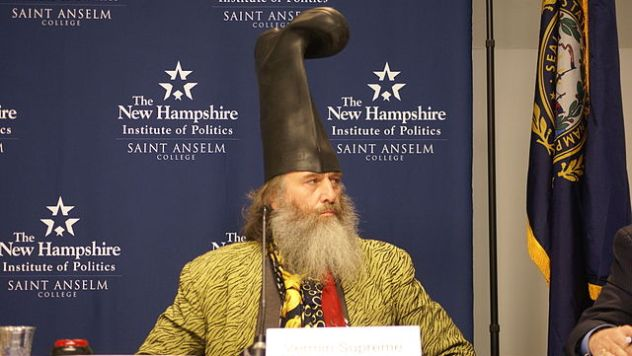 640px-Vermin_Supreme_on_Lesser-Known_Presidential_Candidates_Forum