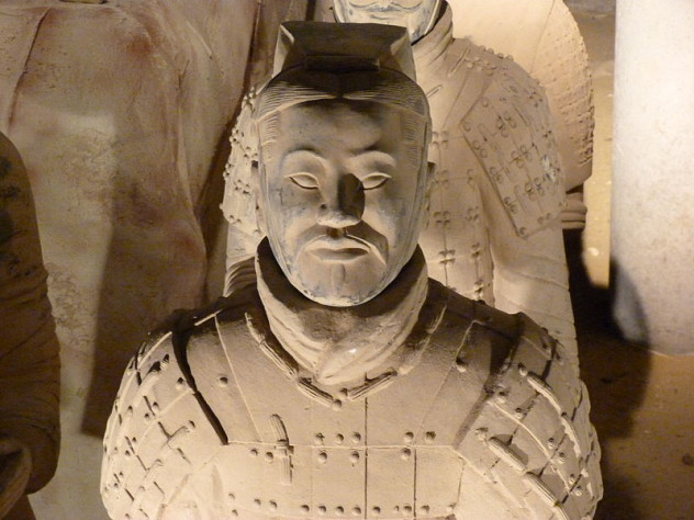 800px-Csin_Si_Huang_Ti's_Colonel-in-Chief