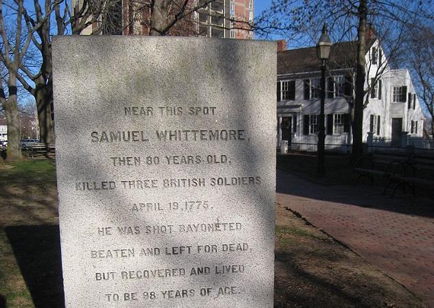 768px-Samuel_Whittemore_memorial,_ArlingtonMA_-_IMG_2819