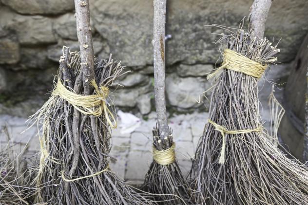 7 Brooms