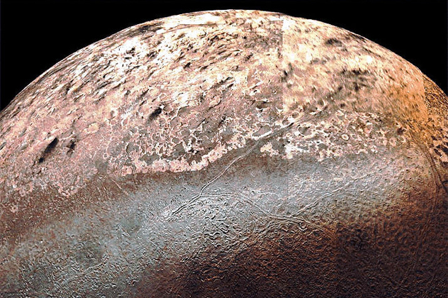 5-triton - Volcanoes of other worlds - Photos Unlimited