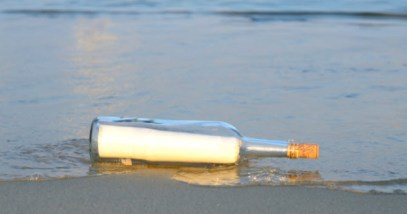 featured-message-in-bottle-467223955