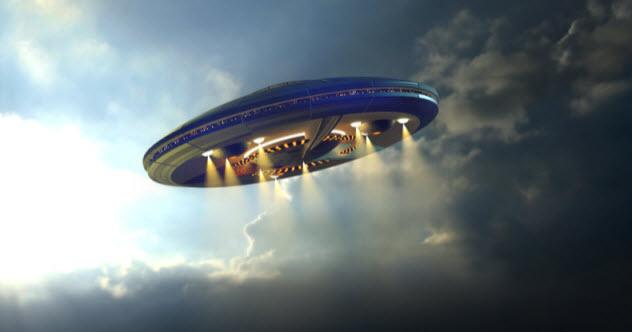 1-alien-467595846